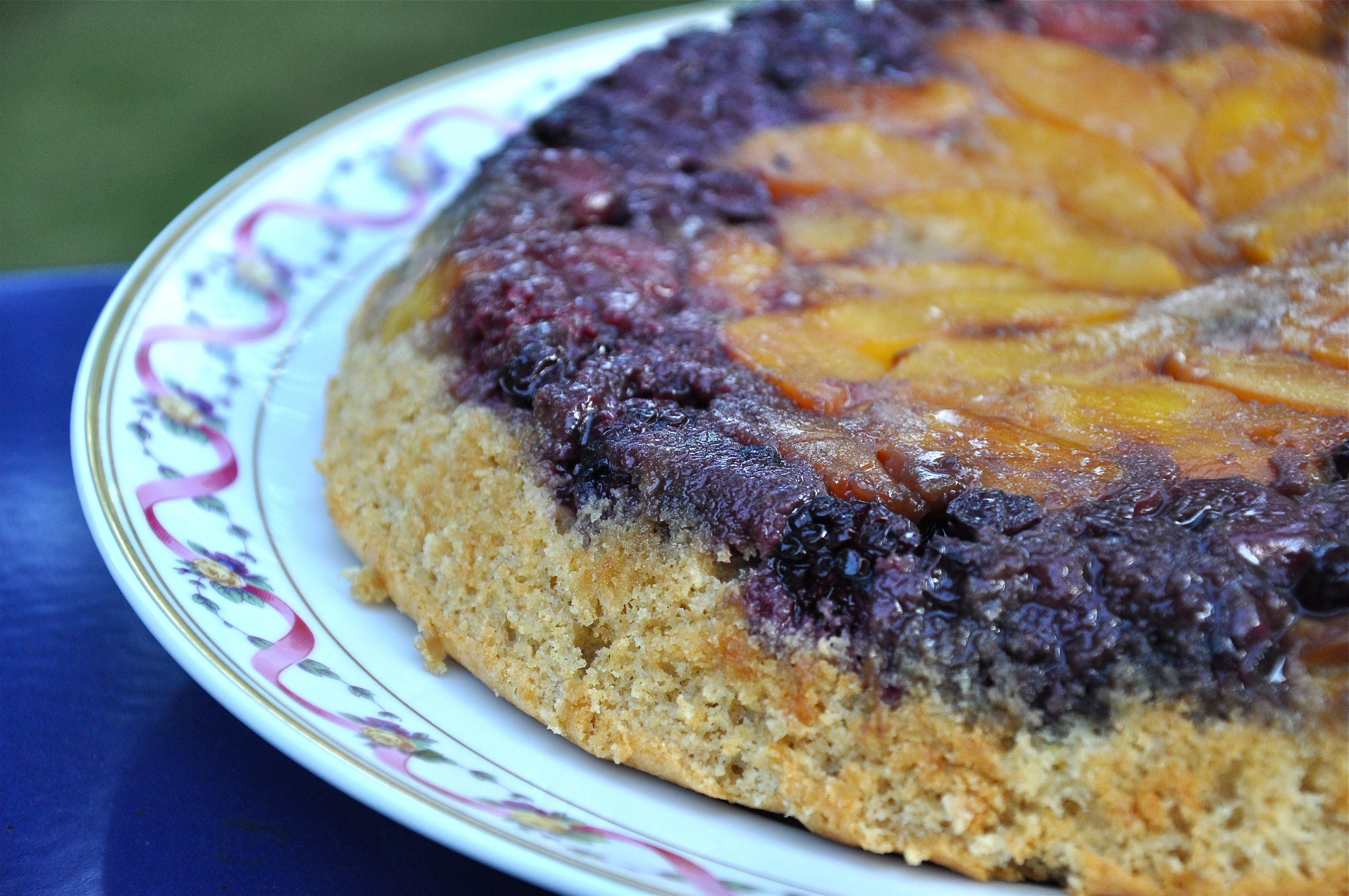 upside down berry peach skillet cake