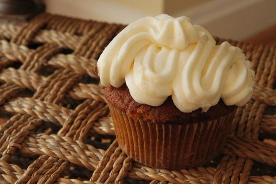 27-dozen-cupcakes1