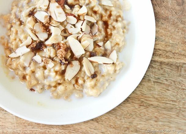 Vanilla Almond Rice Cooker Steel Cut Oatmeal