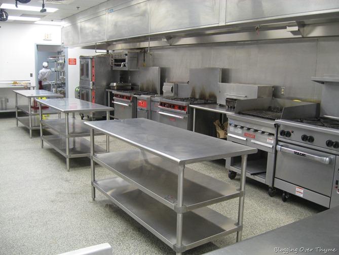 L'Academie De Cuisine Kitchen