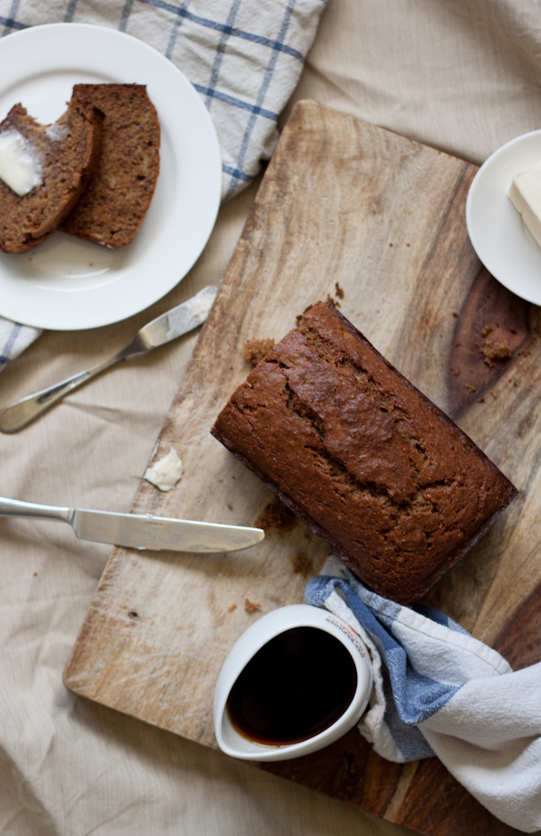 brown butter banana bread >> Blogging Over Thyme