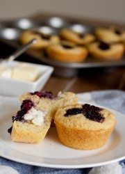 Blackberry Corn Muffins >> Blogging Over Thyme