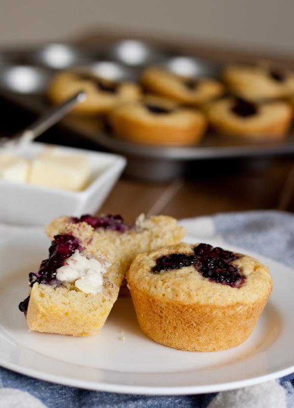 Blackberry Corn Muffins >> Blogging Over Thyme