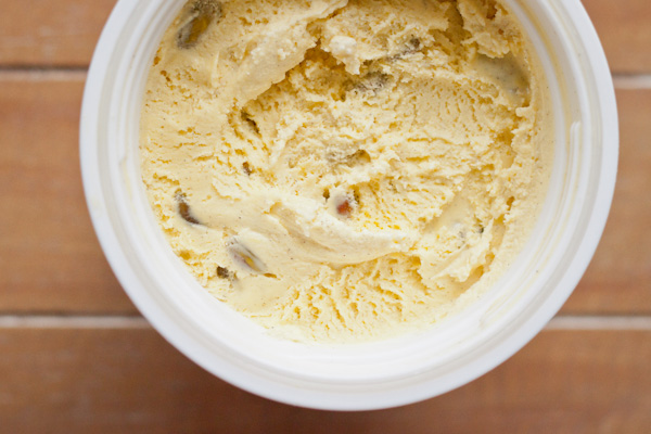 Saffron Cardamom Ice Cream | Blogging Over Thyme