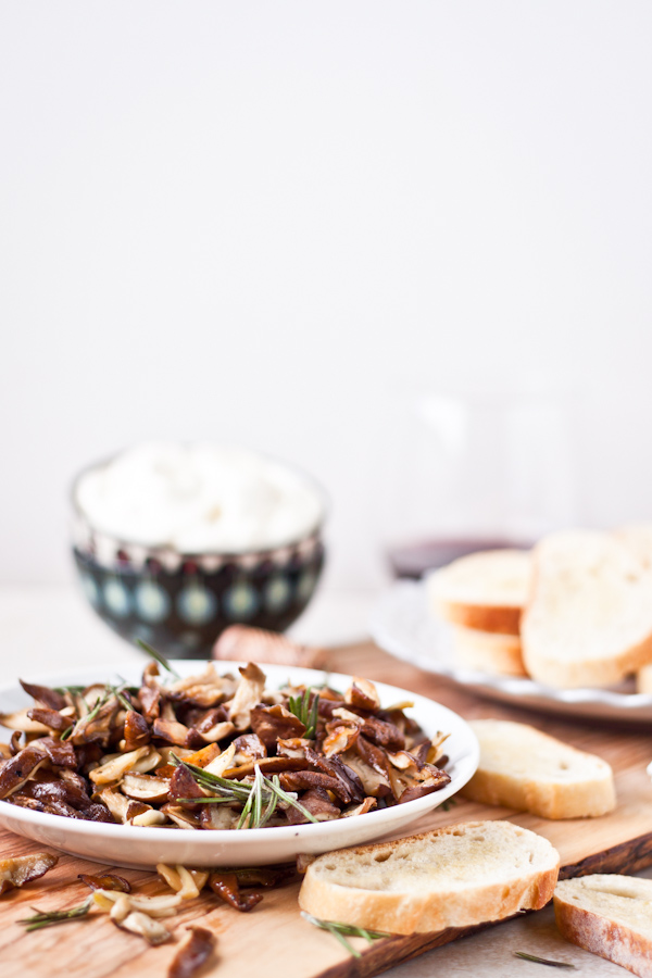 Crostini with Roasted Shiitake Mushrooms and Whipped Ricotta. An EASY appetizer for the holiday season!