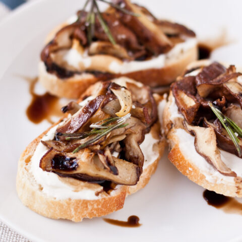 Crostini with Roasted Shiitake & Whipped Ricotta | bloggingoverthyme.com