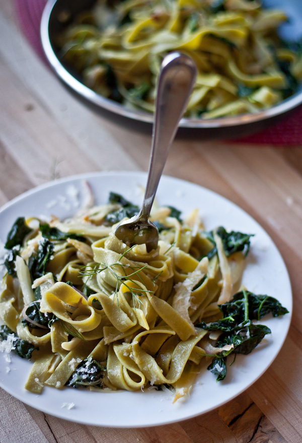 Pasta with Fennel, Kale & Lemon | bloggingoverthyme.com