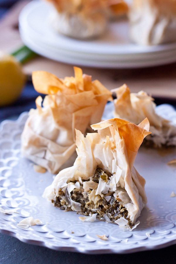 Swiss Chard & Feta Phyllo Purses (with video!) | bloggingoverthyme.com