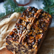 World's Best Fruitcake | bloggingoverthyme.com