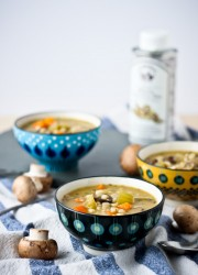 mushroom-barley-soup-with-truffle-oil-1-5