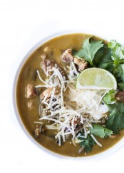 Green & Pork Chili | bloggingoverthyme.com