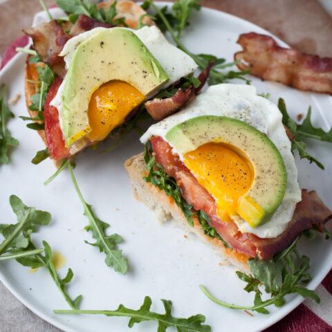 Ultimate BLT Sandwich   bloggingoverthyme.com
