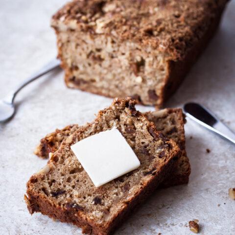 Apple Oatmeal Breakfast Bread