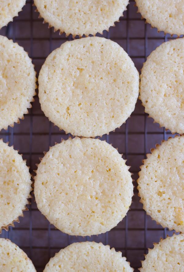 Spiked Raspberry Lemonade Cupcakes | bloggingoverthyme.com