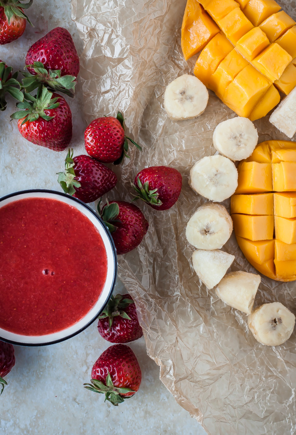 Strawberry Banana-Mango Smoothie   bloggingoverthyme.com