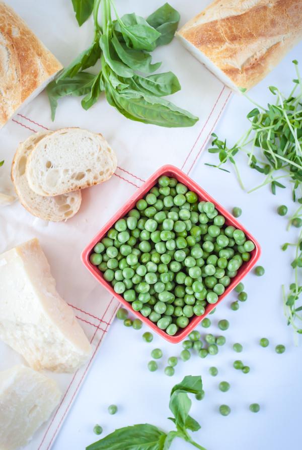 crostini-with-prosciutto-and-pea-pesto-1-4.jpg