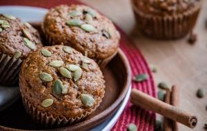 Healthy Pumpkin Carrot Pecan Muffins | bloggingoverthyme.com