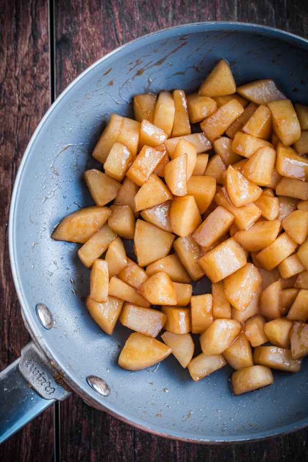 Souffle Pancake with Cinnamon Apples. Think Dutch baby, but a million times fluffier!