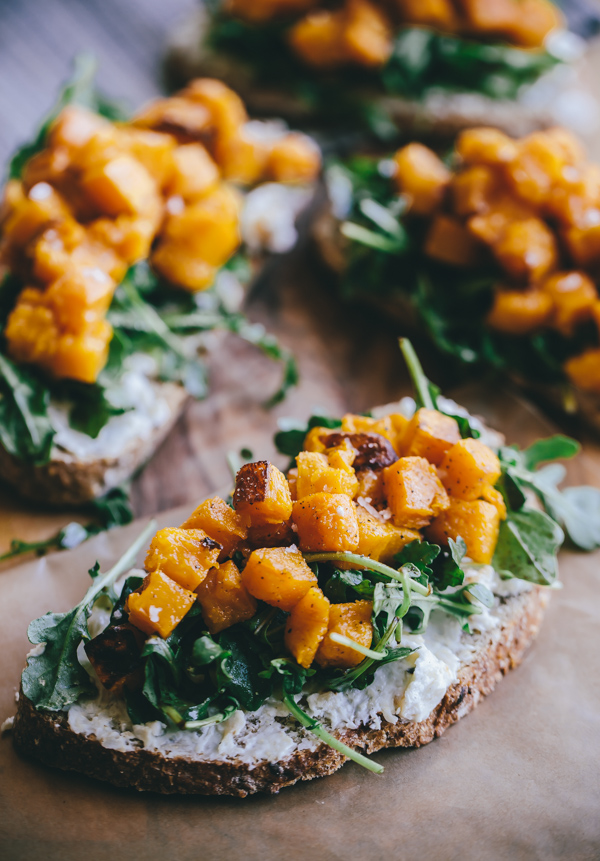 Butternut Squash Tartine with Roasted Garlic Goat Cheese and Arugula. A delicious open-faced sandwich!
