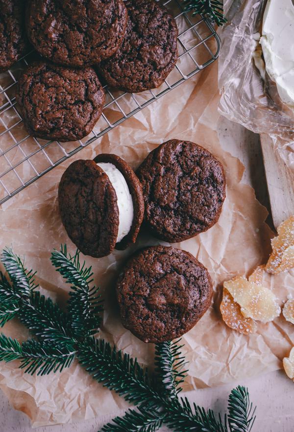 Eggnog & Gingerbread Ice Cream Cookie Sandwiches