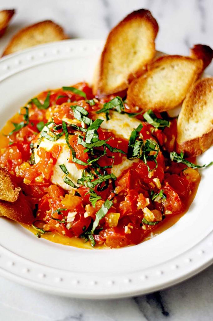 burrata-sauteed-tomatoes-681x1024