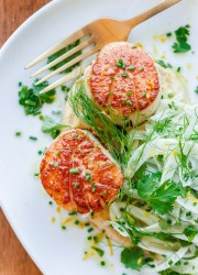 Seared Bay Scallops with Hummus and Fennel Salad