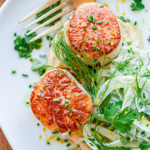 Seared Scallops with Hummus and Shaved Fennel Salad