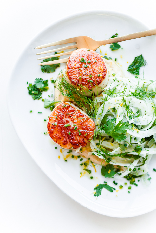 Seared Scallops with Hummus and Shaved Fennel Salad. This naturally gluten-free, fiber and protein packed main course can be prepared in less than 20 minutes!