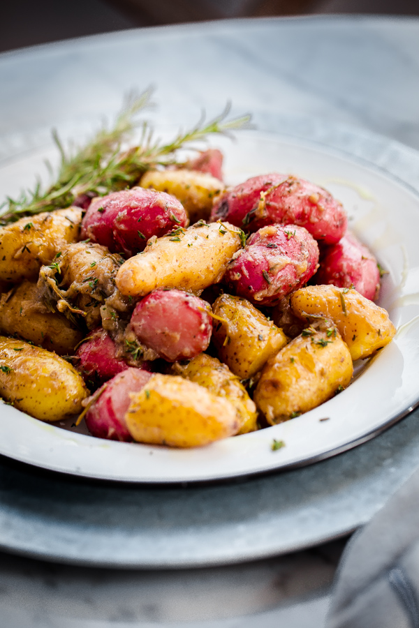 Braised Fingerling Potatoes Side Dish
