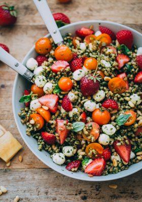 strawberry-caprese-farro-salad-1-27