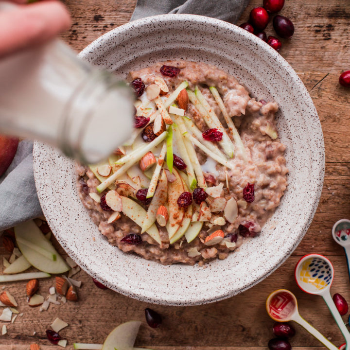 Slow Cooker Steel Cut Oats with Apple and Cranberries