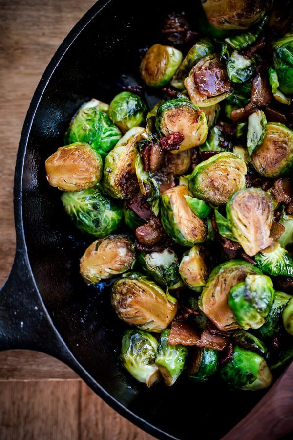 Maple Bacon Brussels Sprouts. Sweet and salty Brussels sprouts side ...