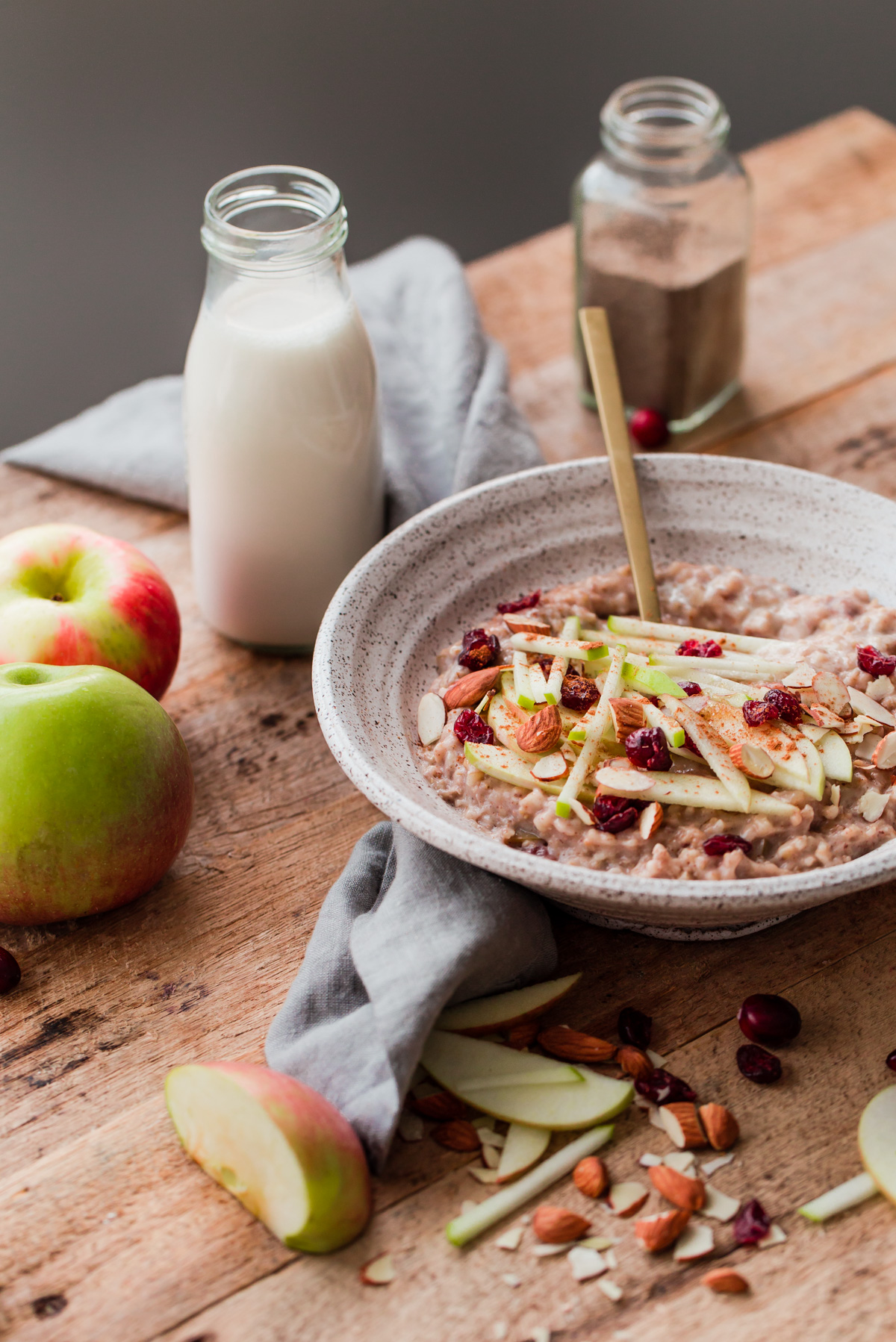 Slow Cooker Steel Cut Oats with Apples - and other fall recipes!