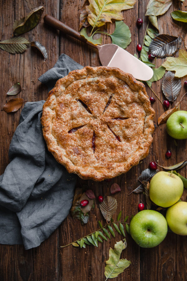 Apple Cranberry Pie - fresh cranberries and orange zest add a tart zip to this Apple Cranberry Pie, which is packed with apples, and prepared with an all-butter, flaky pie crust.
