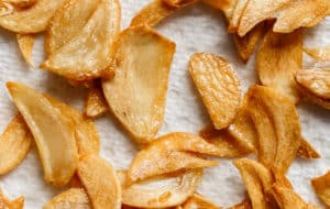 Crispy Garlic Chips