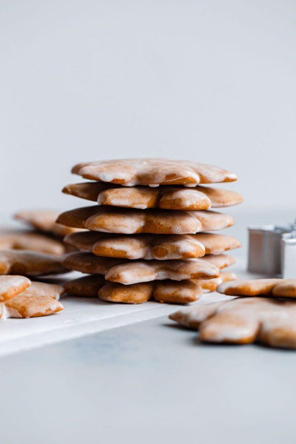 stacked lebkuchen