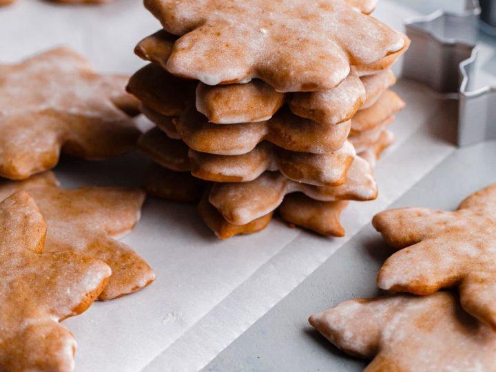 German Lebkuchen Cookies (How to Make Lebkuchen) - A Beautiful Plate