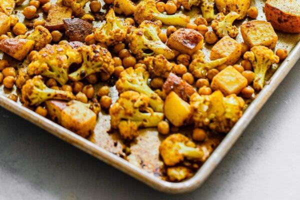 Sheet Pan Cauliflower curry