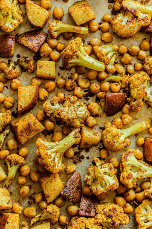 Sheet Pan Cauliflower Curry with Chickpeas