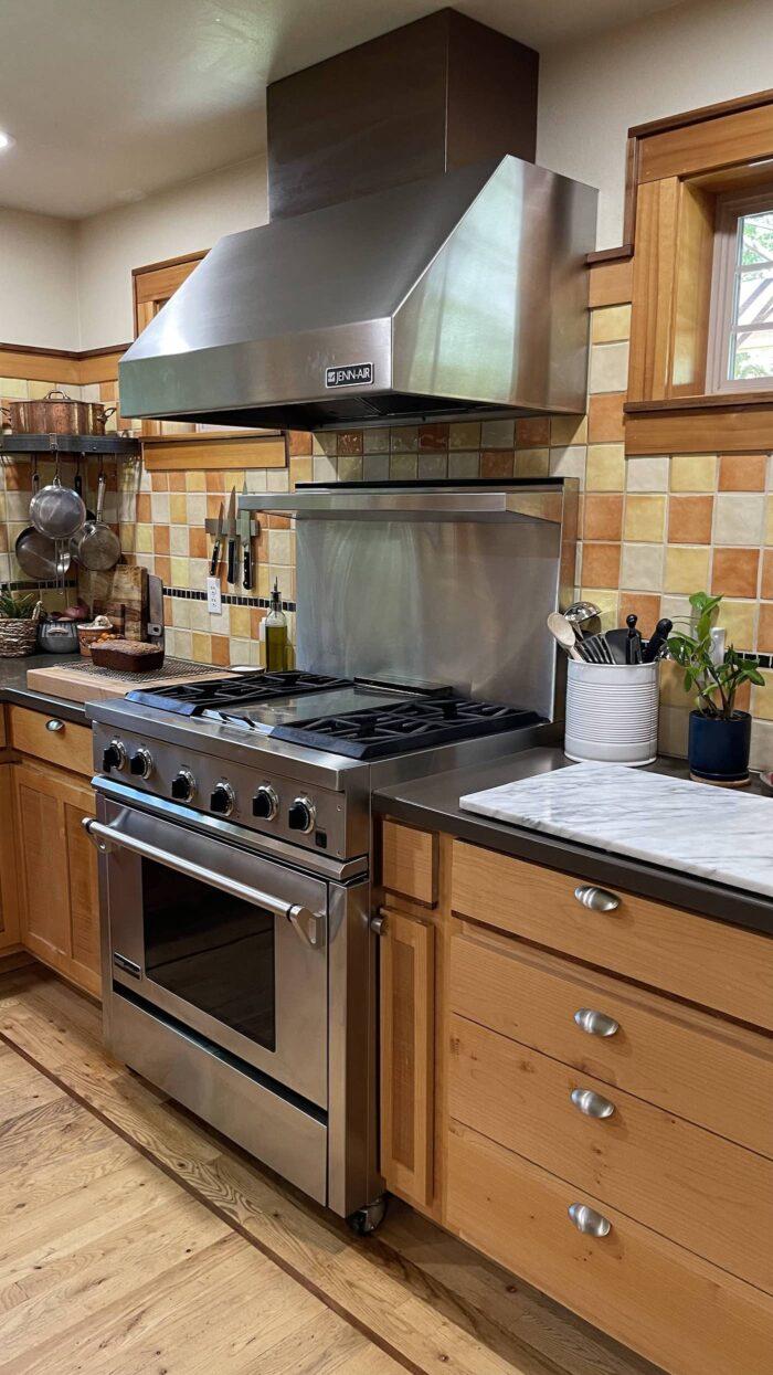 A Beautiful Plate Bend Oregon kitchen